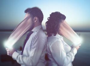 SoMe afhængighed 300x220 - Ny undersøgelse:Stress kan gøre dig Facebook-afhængig