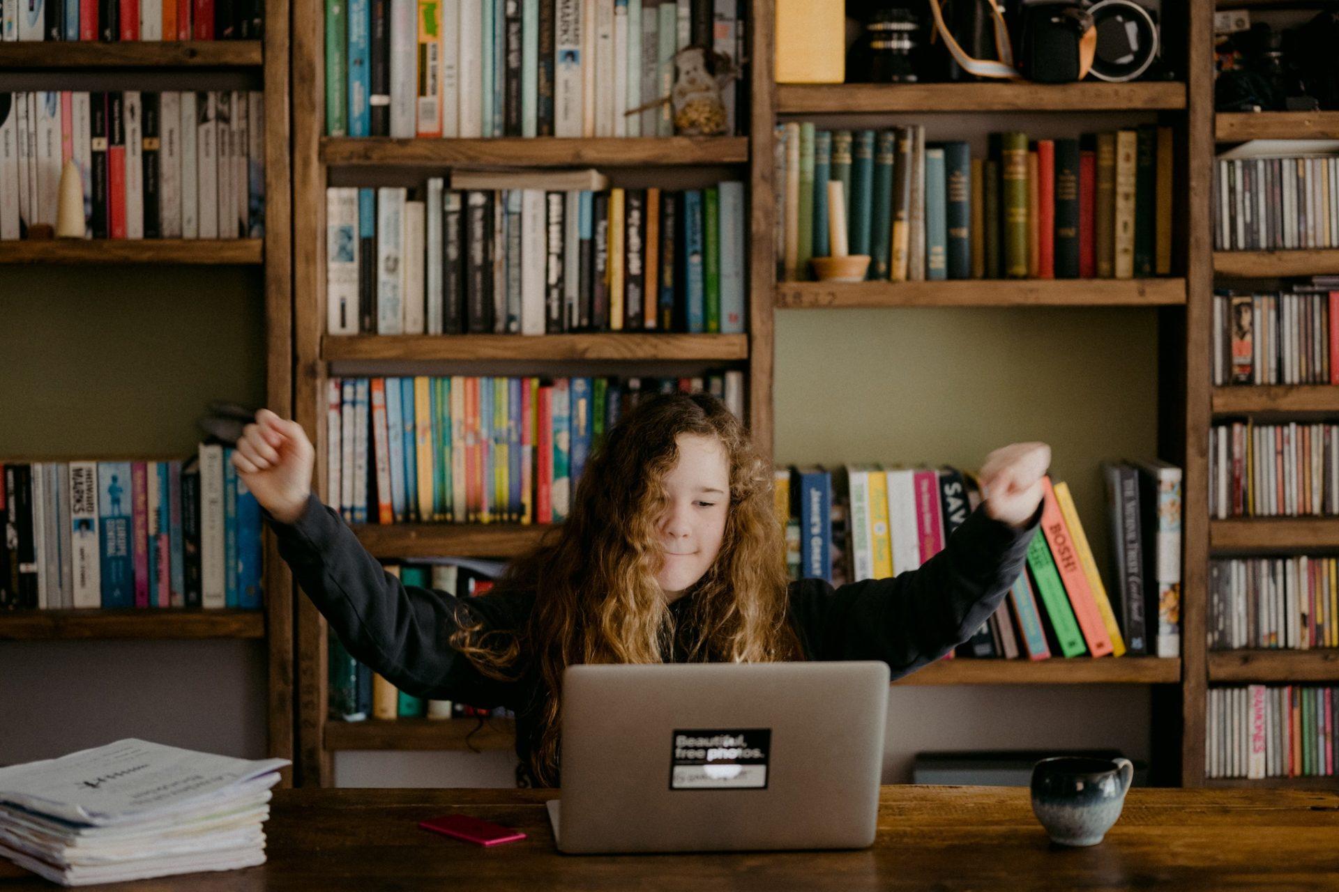 annie spratt 4 4WPFLVhAY unsplash - 7 gode råd til forældre: Sådan kan du motivere dit barn i hjemmeskolen
